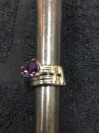 Silver-colored Amethyst solitaire ring 141 mi
