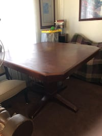 Dining Table  Perris, 92571