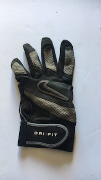 Used Nike Adult L batting Glove for Left Hand Lubbock, 79423