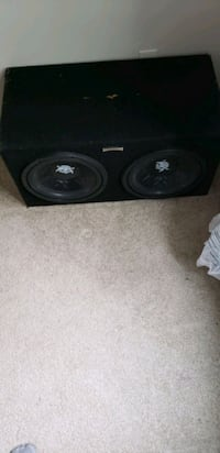 black and gray subwoofer speaker London, N5Z 1R3
