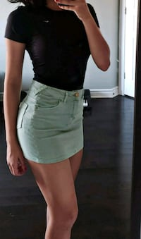 Mint denim mini skirt Brossard