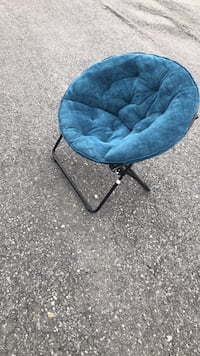 Folding chair very good condition Allentown, 18109