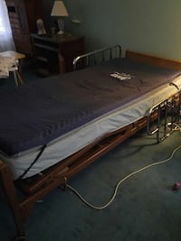 brown wooden bed New Bern, 28560