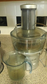 stainless steel and black juice extractor Toronto, M4R 1V6
