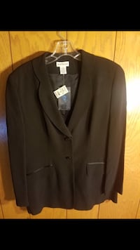 Black notch lapel suit jacket Fairfax, 22033