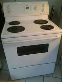 white and black electric coil range oven Montreal, H3L 1W8