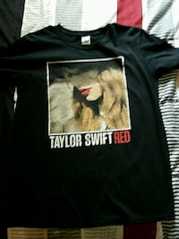 Taylor swift shirt.   Lake Park, 31636
