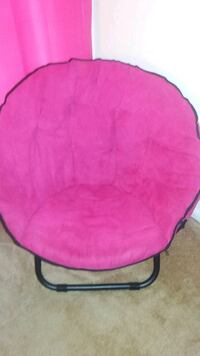 soft pink foldable  chair Catonsville, 21228