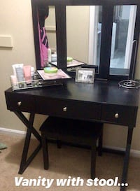black wooden single pedestal desk Woodbridge, 22193
