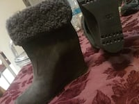 gray suede fur lined snow boots Oxnard, 93030