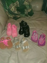 toddler's assorted shoes Springfield, 97478