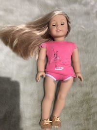American Girl Brand new, i have 2  553 km