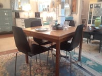 Mid century Danish modern extension table. Solid wood! Saint Petersburg