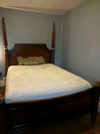 Queen size 3 piece bedroom set LaSalle, N9A