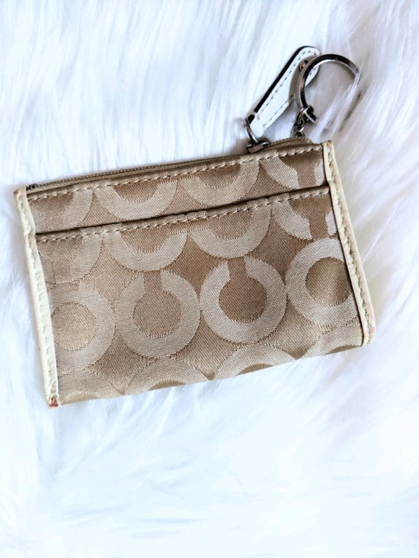 coach coin purse . 1