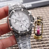 Round silver-colored chronograph watch with link bracelet Delta, V4C 4K7