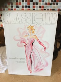 1993 CLASSIQUE COLLECTION. Evening Extravaganza Barbie. Third in the series.