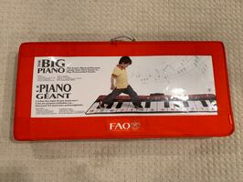 FAO Schwarz The Big Piano Musical Playmat