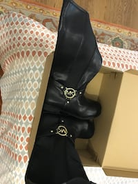 Michael Kors big girl boots  Vienna, 22180