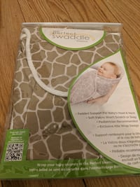 Baby swaddle me Brand new