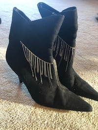 pair of black suede heeled boots Richmond Hill, L4S 2G4