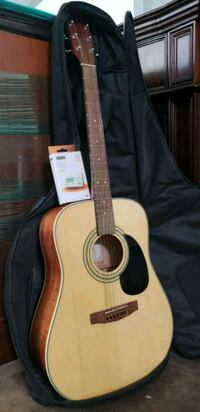 New cort mahogany/rosewood guitar/case and Turner. Fridley, 55432