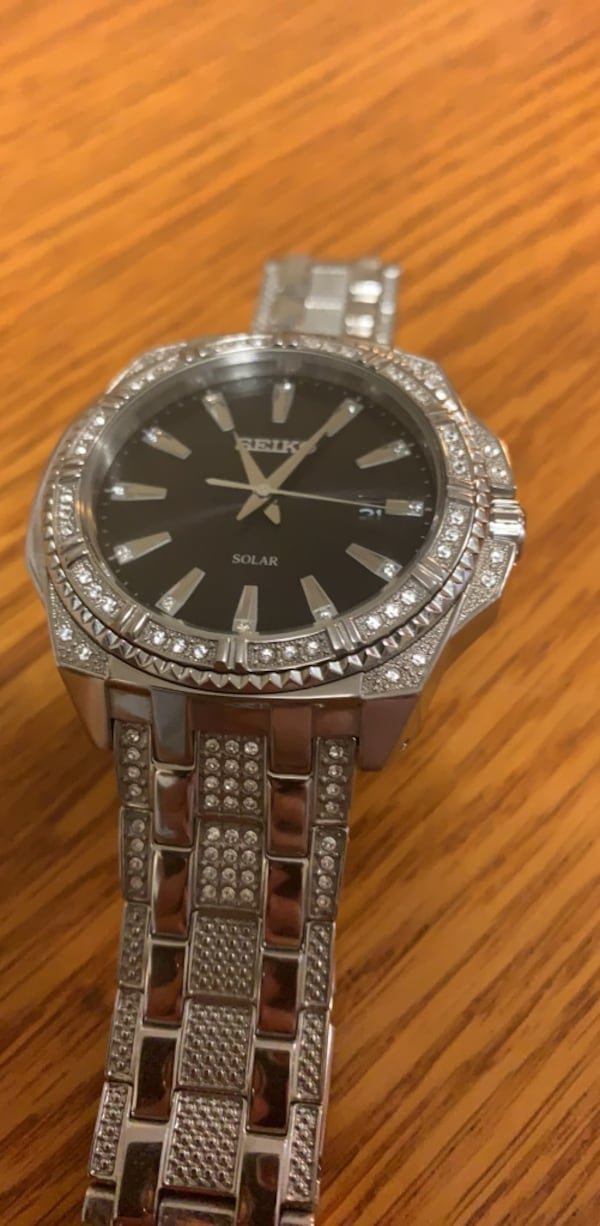 Seiko watch perfect condition  ee5c030b-ec5f-4afc-9ebe-0251cd6a6502