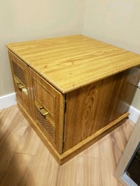 Side table in good condition Calgary