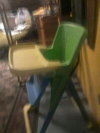 baby's green and white high chair Lanham, 20706