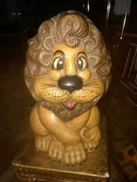 VINTAGE ATLANTIC MOLD LION BANK FIGURE 9IN TALL  Providence