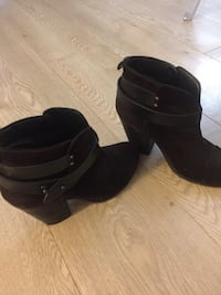 Rag and bone boots - chocolate brown. Great condition size 37.5 Vancouver, V5T 1A7