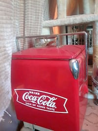 Coke ice box Bakersfield, 93314