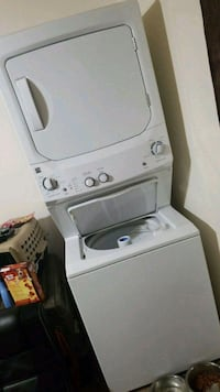 white Kenmore stackable washer and dryer Greenville, 29615
