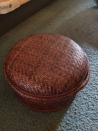 Brown woven box with lid Wilmington, 28411