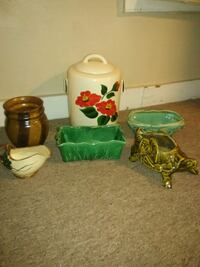 Nice collection of McCoy Pottery Westminster, 21157