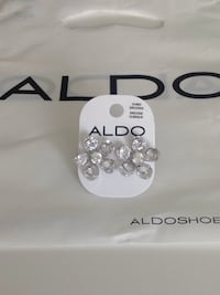 Brand new cubic zirconia earrings / brand ALDO Oakville, L6H