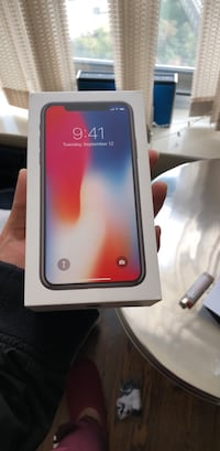 iPhone X 256gb *brand new* Toronto, M2N