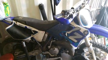 2000 YZ125 with a bunch of extras