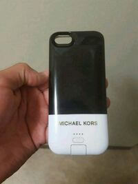 Iphone 5 micheal kors portable phone case charger Calgary, T2E 4E1