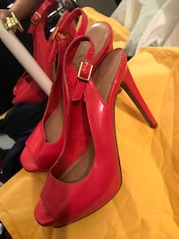 Heels very nice color size 6 Springfield, 22150