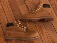 Boys Timberland boots - size 12
