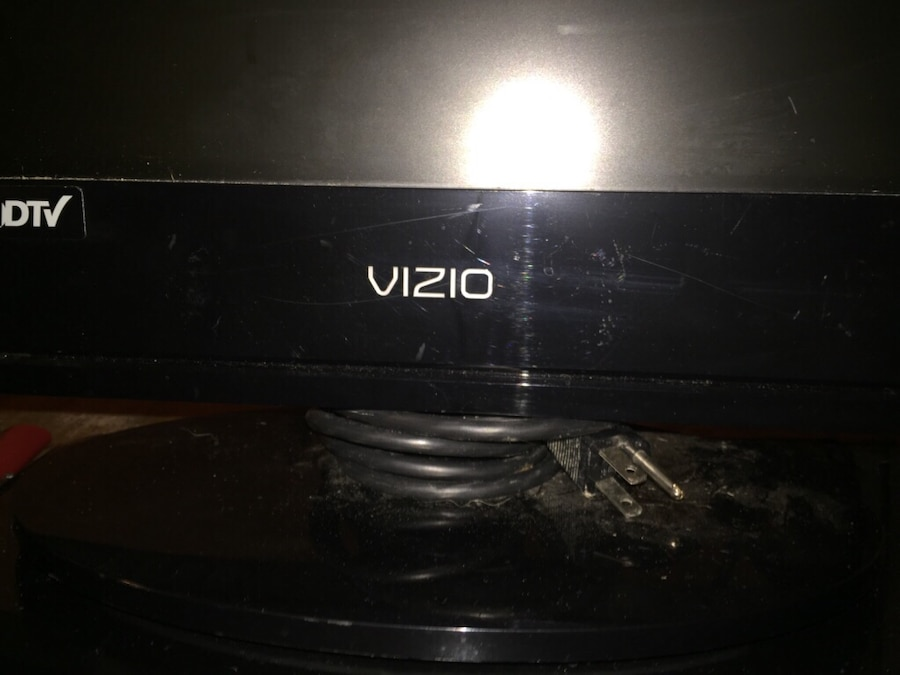 Vizio tv trying to hook up dvd player