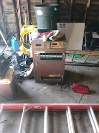 red and black Craftsman table saw Cleveland, 44109