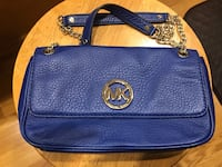 Michael Kors purse Manchester, 06040