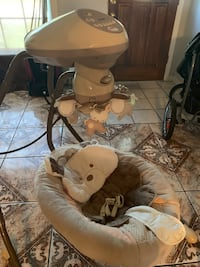 Baby swing for sale Tampa, 33617