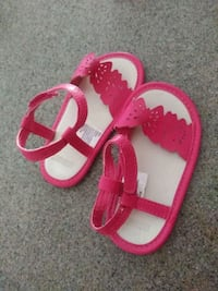 pair of pink-and-white sandals Anderson, 96007