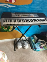 Black and gray electronic keyboard with black metal base, in good condition Spotsylvania, 22551