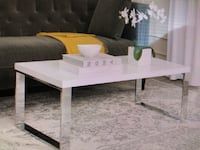White contemporary coffee table Tampa, 33603