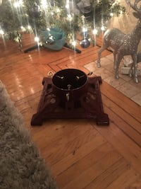Cast iron Christmas tree stand  New Westminster, V3M