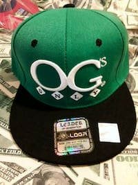 green and black fitted cap 2275 mi